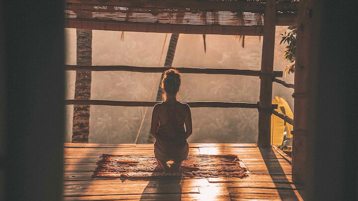 カンボジア_瞑想