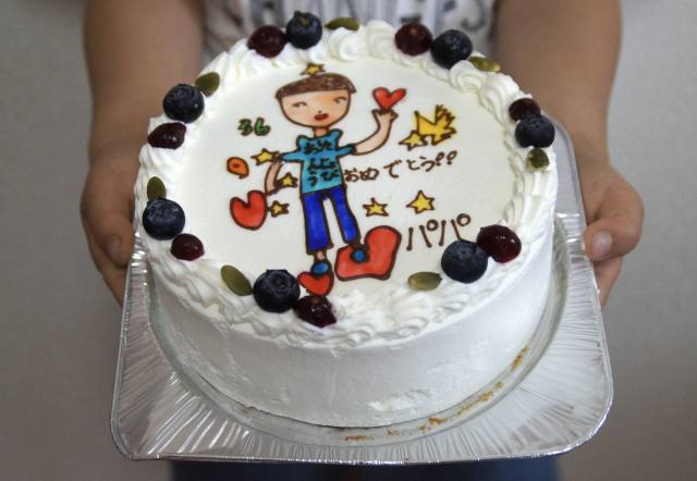 お絵描きケーキ