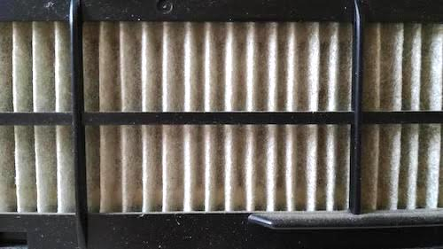 エアコン・フィルターの汚れ